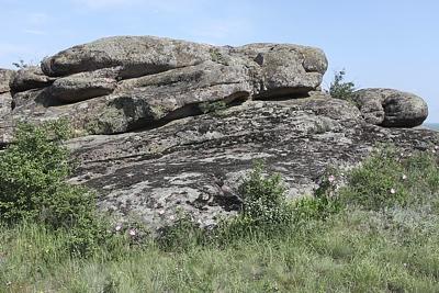Граниты Каменных Могил
